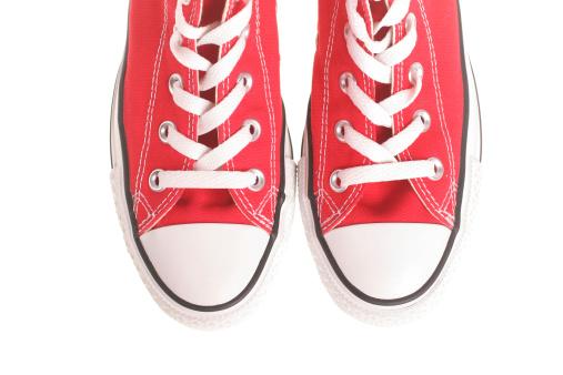 Shoelace「Red Sneakers」:スマホ壁紙(12)