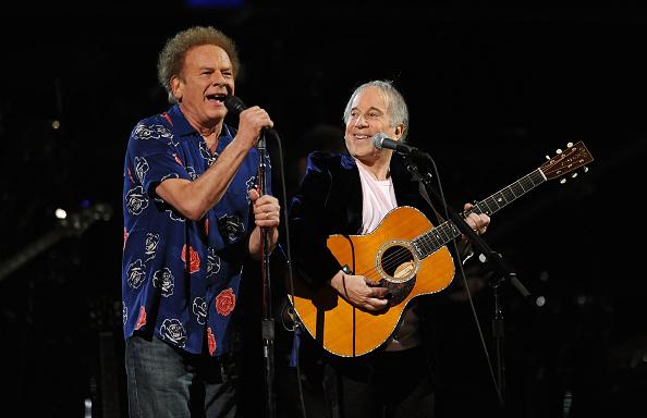 Art Garfunkel「25th Anniversary Rock & Roll Hall Of Fame Concert - Night 1 - Show」:写真・画像(18)[壁紙.com]