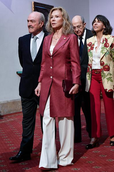 Congratulating「Winners Audiences - Princess of Asturias Awards 2019」:写真・画像(16)[壁紙.com]