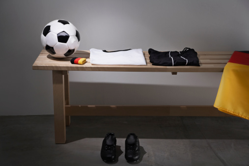 Soccer Uniform「Football shirt, pants and shoes on bench with German flag, studio shot」:スマホ壁紙(9)