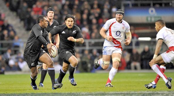 David Ashdown「England v New Zealand Rugby Union at Twickenham 2008」:写真・画像(11)[壁紙.com]