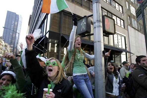 Parade「New York Holds Annual St. Patricks Day Parade」:写真・画像(14)[壁紙.com]