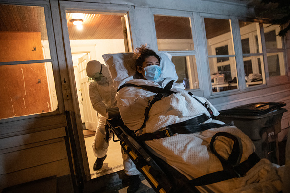 Stamford - Connecticut「Immigrant Mother And Family Suffer With COVID-19 As Teacher Cares For Their Healthy Newborn」:写真・画像(8)[壁紙.com]