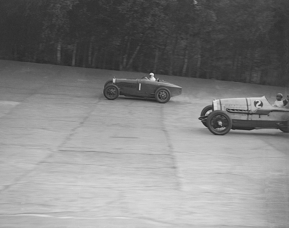 Racecar「Bugatti of Kaye Don and Delage of J Taylor, Surbiton Motor Club race meeting, Brooklands, 1928」:写真・画像(13)[壁紙.com]