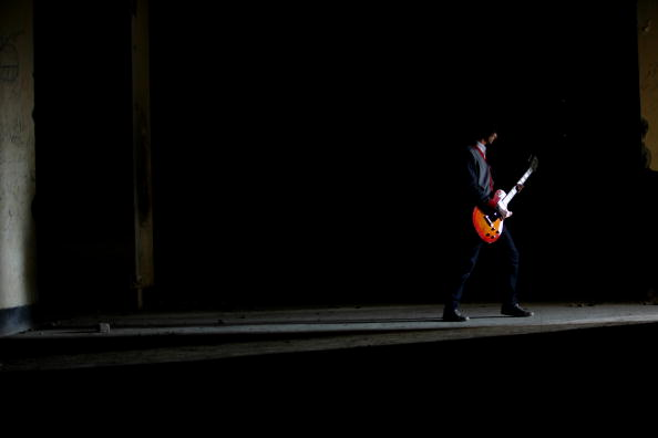楽器「Rock Band Emerges In Post-Taliban Kabul」:写真・画像(2)[壁紙.com]