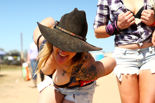 Cleavage「Up Close At The Ute Muster」:写真・画像(2)[壁紙.com]