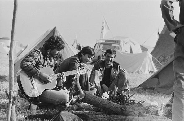 Musical instrument「Stonehenge Free Festival, 1978」:写真・画像(13)[壁紙.com]