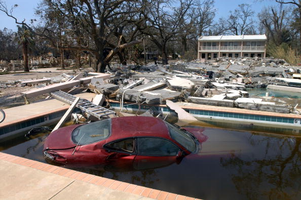 Environmental Conservation「Hurricane Katrina's Devastation Apparent As Toll Mounts」:写真・画像(2)[壁紙.com]