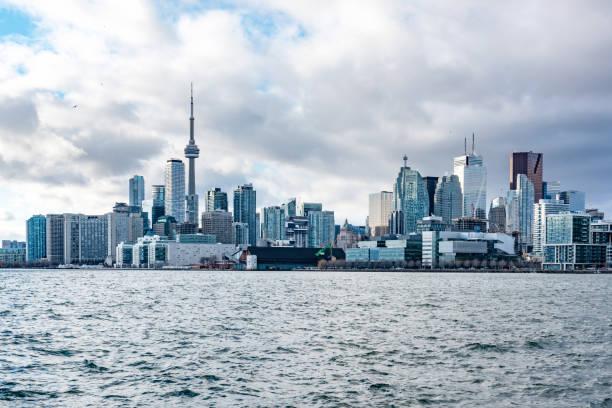 Toronto city skyline:スマホ壁紙(壁紙.com)