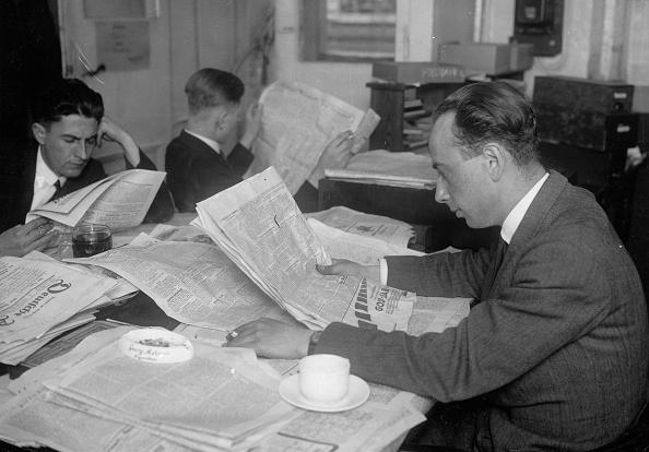 Unrecognizable Person「Zeitungsredaktion」:写真・画像(13)[壁紙.com]