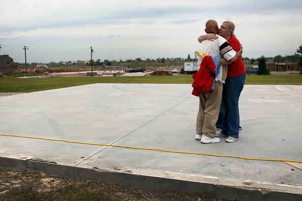Missouri「Joplin, Missouri Marks One Year Anniversary Of Deadly Tornado」:写真・画像(8)[壁紙.com]