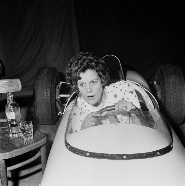 Confusion「Drinking And Driving」:写真・画像(17)[壁紙.com]