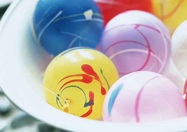 Yo-Yo water balls:スマホ壁紙(壁紙.com)