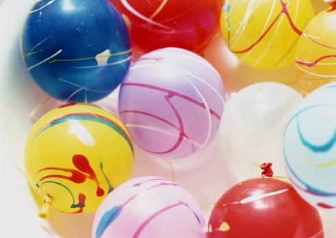 お祭り「Yo-Yo water balls」:スマホ壁紙(10)