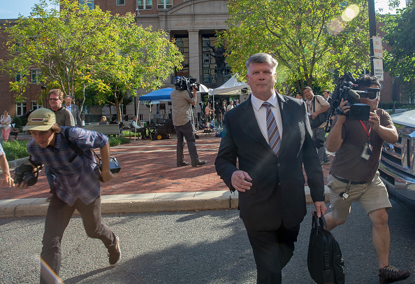 Incidental People「Paul Manafort Bank Fraud And Tax Evasion Trial Begins」:写真・画像(10)[壁紙.com]