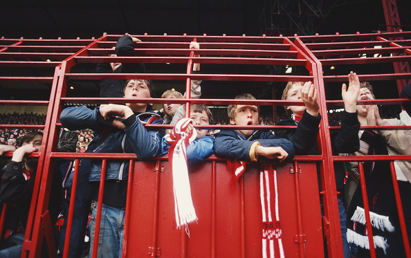 Fan - Enthusiast「Young Manchester United Fans 1980」:写真・画像(7)[壁紙.com]