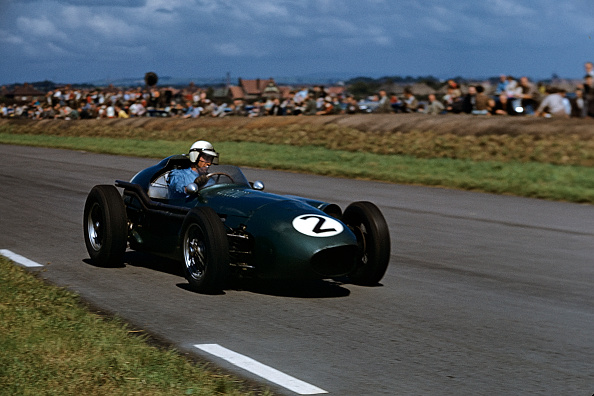 Formula One Racing「Roy Salvadori, Grand Prix Of Great Britain」:写真・画像(6)[壁紙.com]