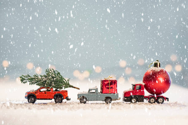 Toy cars with  Christmas gifts:スマホ壁紙(壁紙.com)
