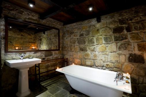 Basement「contemporary bathroom bathtub」:スマホ壁紙(12)