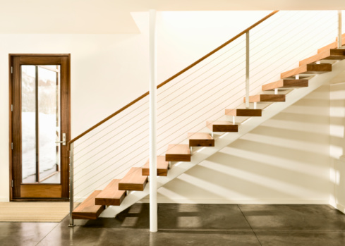 Staircase「Contemporary staircase and door.」:スマホ壁紙(0)