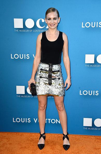 Louis Vuitton Purse「MOCA Gala 2015 Presented By Louis Vuitton - Arrivals」:写真・画像(19)[壁紙.com]