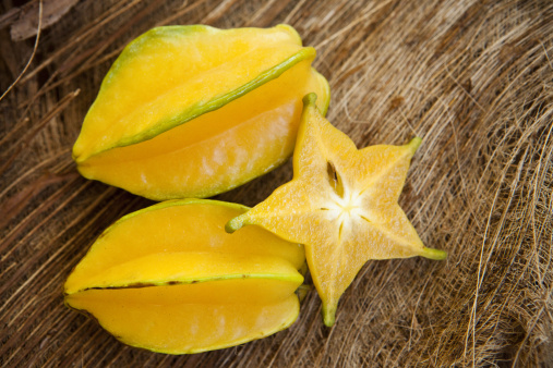 Starfruit「Starfruit still life with organic background」:スマホ壁紙(6)