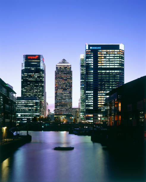 Canary Wharf  Docklands area. London  United Kingdom.:ニュース(壁紙.com)
