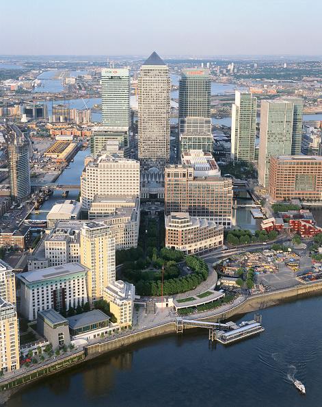 Canal「Canary Wharf  Docklands area. Aerial view. London  United Kingdom.」:写真・画像(1)[壁紙.com]