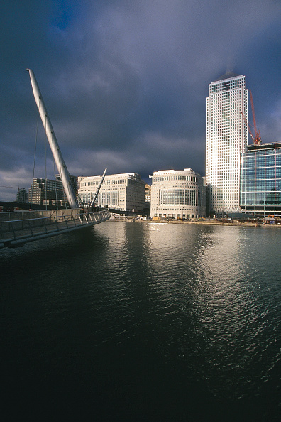 2002「Canary Wharf Estate commercial development. London Docklands, United Kingdom.」:写真・画像(7)[壁紙.com]