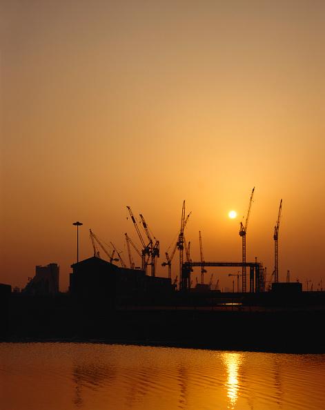 Dawn「Canary Wharf sunset.」:写真・画像(3)[壁紙.com]