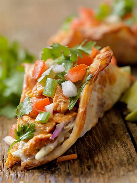 Crispy Wonton Chicken Tacos:スマホ壁紙(壁紙.com)