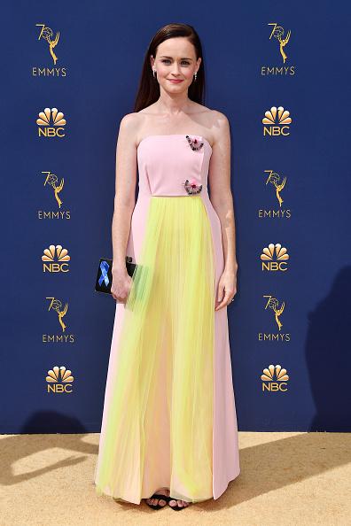 Emmy award「70th Emmy Awards - Arrivals」:写真・画像(6)[壁紙.com]
