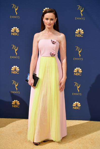 Alexis Bledel「70th Emmy Awards - Arrivals」:写真・画像(4)[壁紙.com]