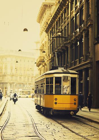 Sepia Toned「Milan yellow tram」:スマホ壁紙(1)