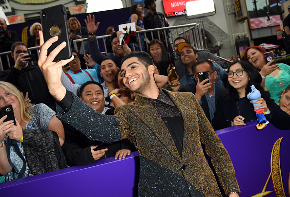 "El Capitan Theatre「Premiere Of Disney's ""Aladdin"" - Red Carpet」:写真・画像(12)[壁紙.com]"