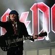 Angus Young - Guitarist壁紙の画像(壁紙.com)