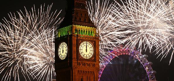 花火大会「The New Year Is Celebrated In London」:写真・画像(15)[壁紙.com]