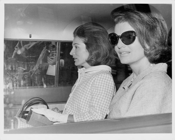 Sister「Jacqueline Kennedy And Princess Radziwill」:写真・画像(14)[壁紙.com]