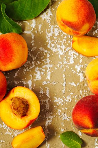 Peach「Peaches on a textured background」:スマホ壁紙(17)