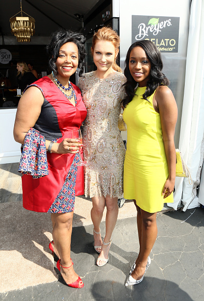 Dress Shoe「Breyers Gelato Indulgences Hospitality Lounge At The 30th Annual Film Independent Spirit Awards」:写真・画像(19)[壁紙.com]