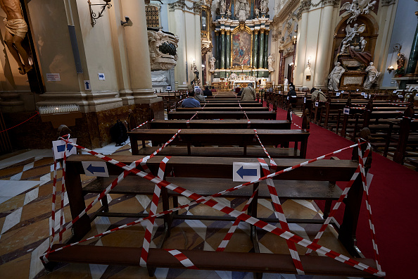 Religious Mass「Spain's Approach To Easing Lockdown Varies By Region」:写真・画像(4)[壁紙.com]