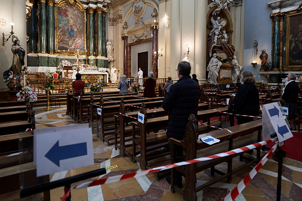 Religious Mass「Spain's Approach To Easing Lockdown Varies By Region」:写真・画像(5)[壁紙.com]