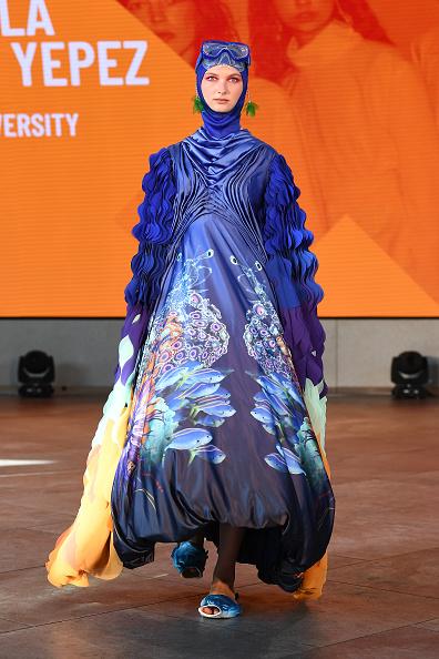 London Fashion Week「Graduate Fashion Week - Runway - LFW September 2020」:写真・画像(11)[壁紙.com]
