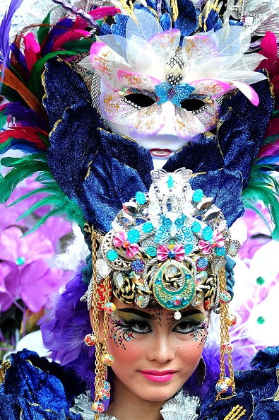 Octopus「Revellers Gather For Jember Fashion Carnival」:写真・画像(5)[壁紙.com]