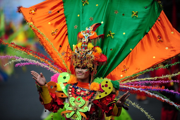 Octopus「Revellers Gather For Jember Fashion Carnival」:写真・画像(10)[壁紙.com]