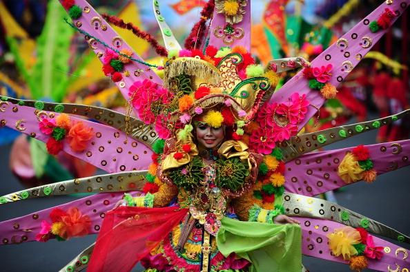 Octopus「Revellers Gather For Jember Fashion Carnival」:写真・画像(6)[壁紙.com]