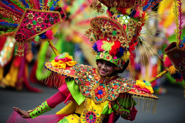 Octopus「Revellers Gather For Jember Fashion Carnival」:写真・画像(2)[壁紙.com]