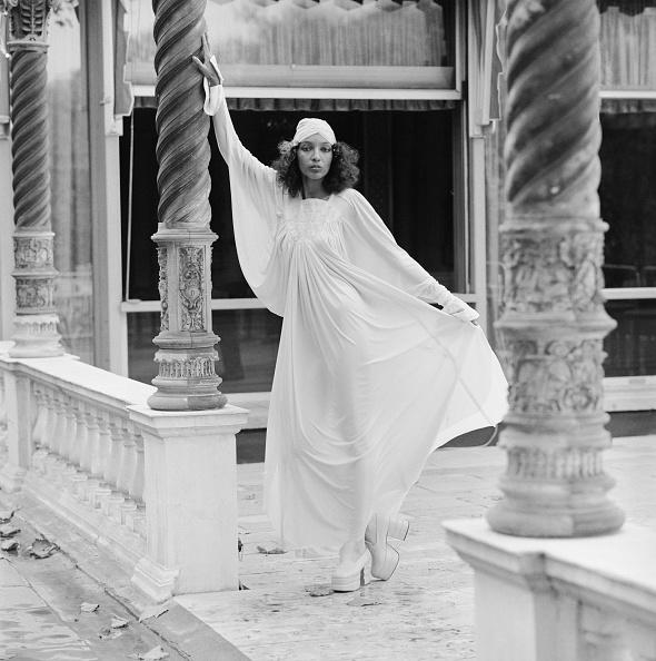 1970~1979年「Designer Dress」:写真・画像(18)[壁紙.com]