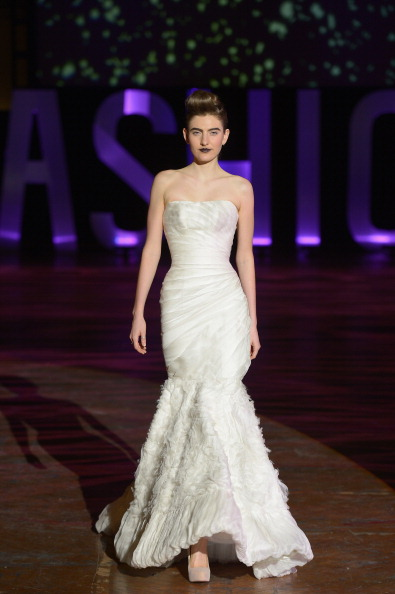 Strapless Evening Gown「3rd Annual United Colors Of Fashion Gala」:写真・画像(3)[壁紙.com]