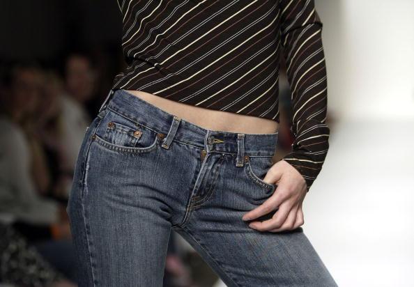 Extreme Close-Up「Mercedes-Benz Fashion Week:  Karanina - Show」:写真・画像(3)[壁紙.com]